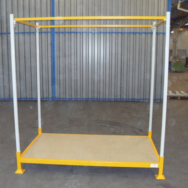 Palette gerbable pour stockage vertical