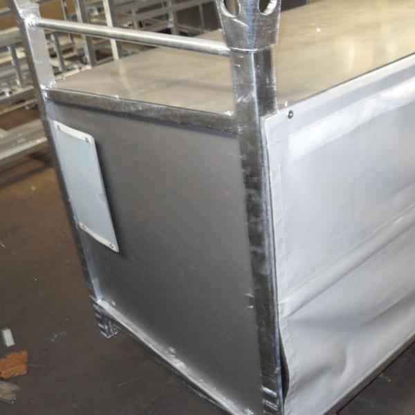 Praticable galvanisé pour portes bagages